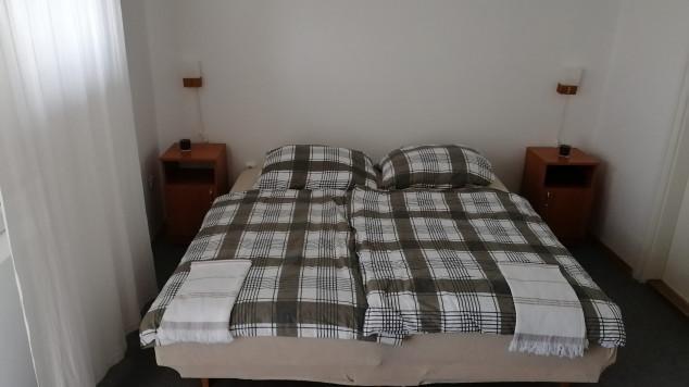 MacskaFészek vendégház, Kis-Somlyó hegy, Irsai Olivér szoba