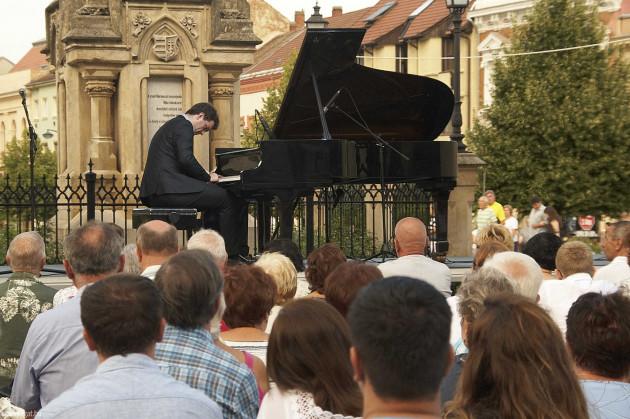 Kiss Márton zongoraművész